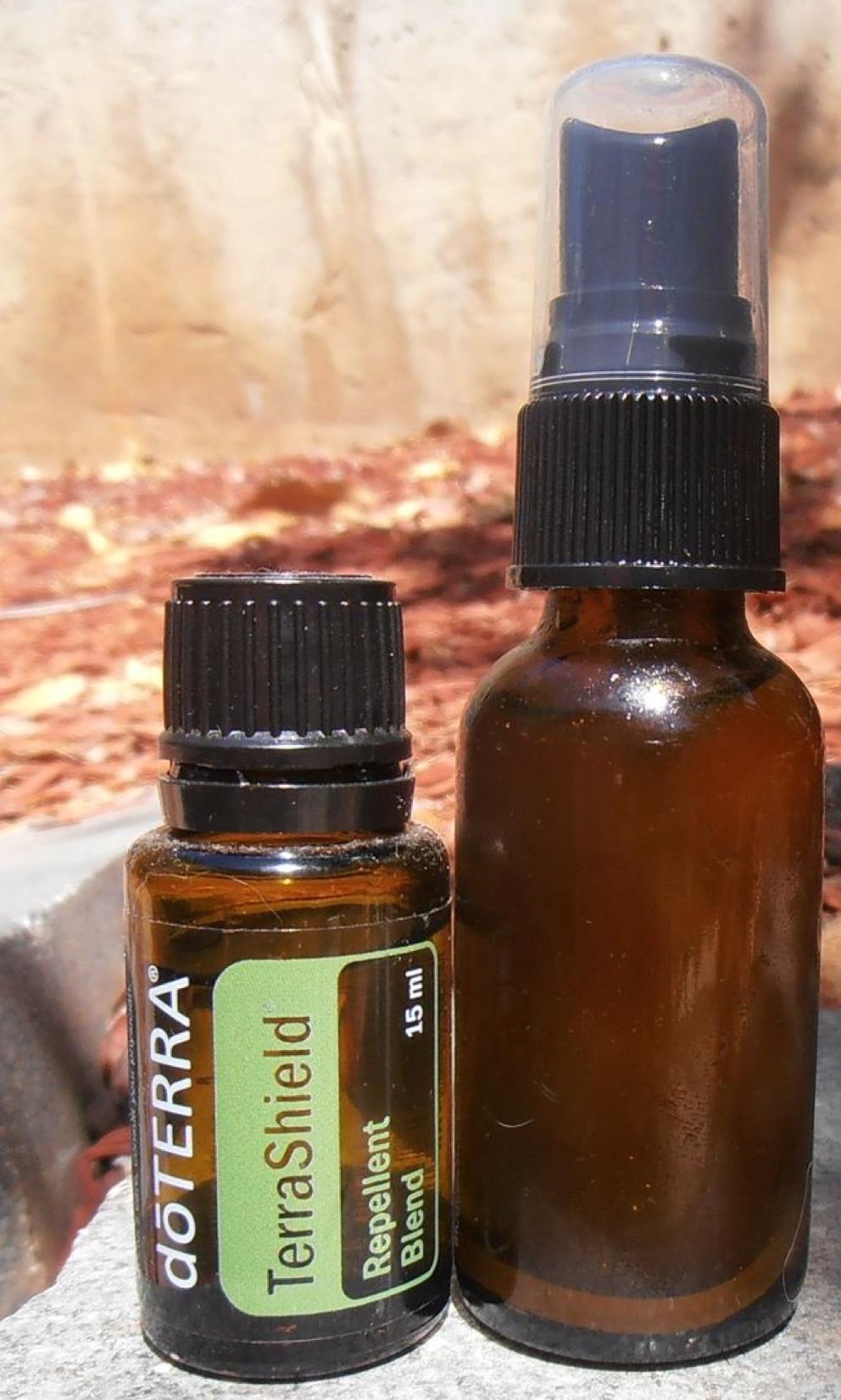 Como fazer repelente de mosquitos com óleos essenciais